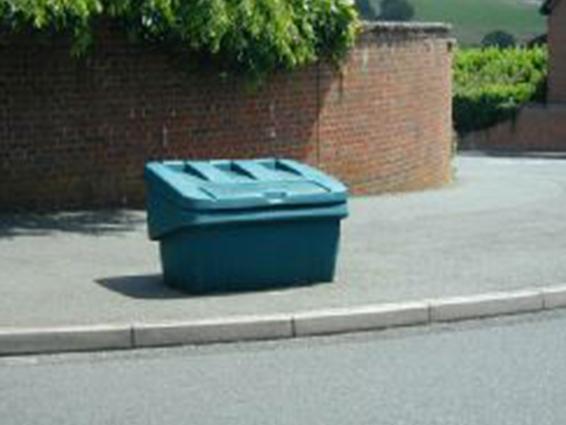 Green grit bin